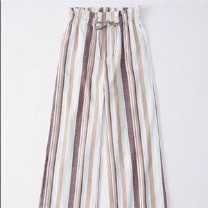 Abercrombie and Fitch paperbag linen pants
